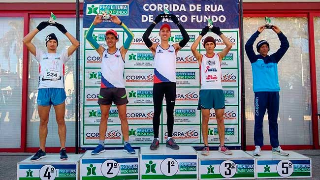 Meia Maratona e Rústica Passo Fundo - Meia Maratona e Rústica reúnem mil atletas em Passo Fundo