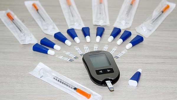 Pacientes diabéticos que recebem insumos pelo SUS em Porto Alegre - Porto Alegre amplia acesso e oferece consultas farmacêuticas a diabéticos