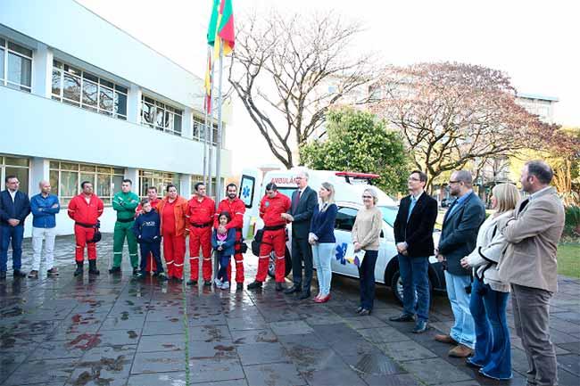 Resgate Voluntário de Farroupilha - Resgate Voluntário de Farroupilha recebe ambulância da Secretaria da Saúde