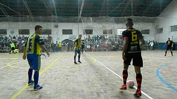 Tapes futsal - Tapes assistiu a segunda rodada do citadino de futsal
