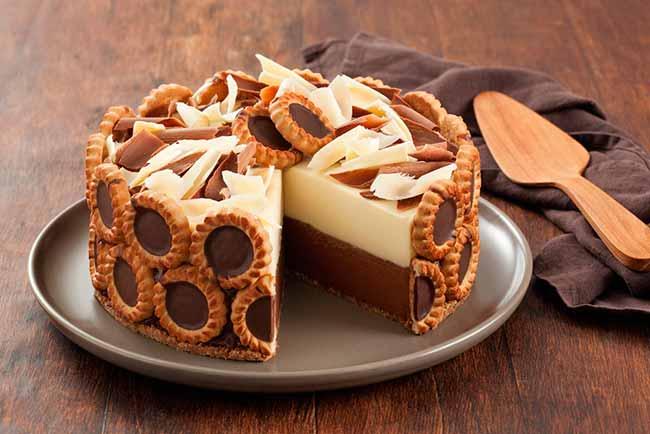 Torta Mousse Duo de Chocolate com Tortinhas de Chocolate Isabela - Torta mousse duo de chocolate
