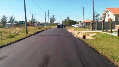 asfaltamento de ruas em Arroio Teixeira 390x220 - Capão da Canoa inicia asfaltamento de ruas em Arroio Teixeira