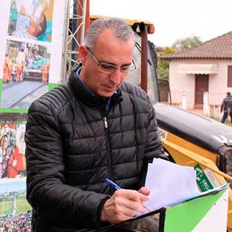 asfaltamento em santa maria rs 3 - Jorge Pozzobom assina ordem de serviço para drenagem e asfaltamento em Santa Maria