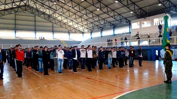 juramento a bandeira flores da cunha rs - Juramento à Bandeira ocorre neste sábado, dia 17, em Flores da Cunha