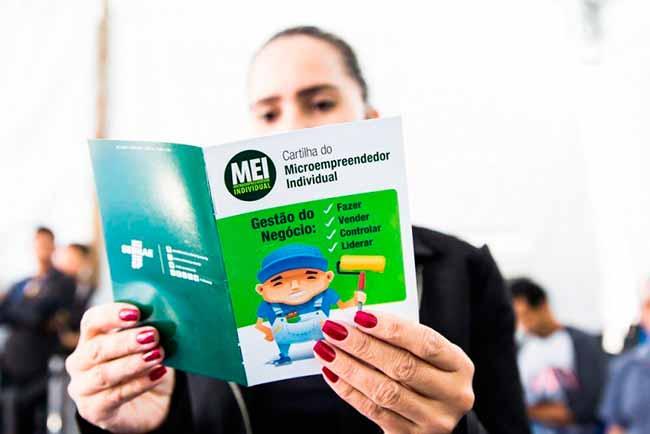 Revista News mei-gravatai Gravataí incentiva vendedores ambulantes a se inscreverem no MEI