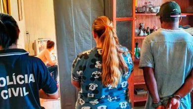 polcach 390x220 - Dois são presos em depósito de drogas em Cachoeirinha