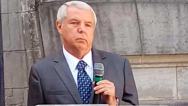 presidente do Banrisul Claudio Coutinho - Presidente do Banrisul visita sede da Junta Comercial do Estado