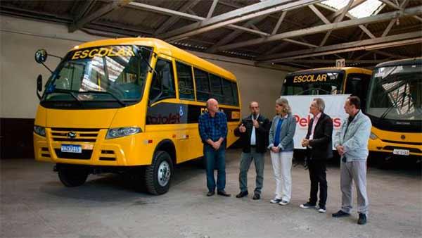 nibus escolares de Pelotas RS 1 - Pelotas adquire novo ônibus para transporte escolar da zona rural