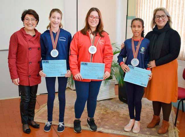6ª Olimpíada de Língua Portuguesa veranopolis 631x468 - Premiados os vencedores da 6ª Olimpíada de Língua Portuguesa de Veranópolis