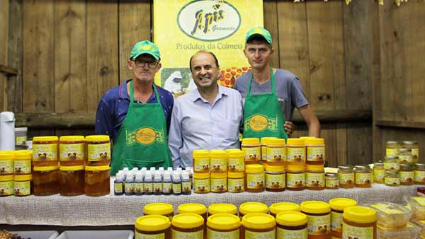 Agroindústria de mel de Gramado 1 - Gramado: Agroindústria de mel é destaque da agricultura familiar na Expointer