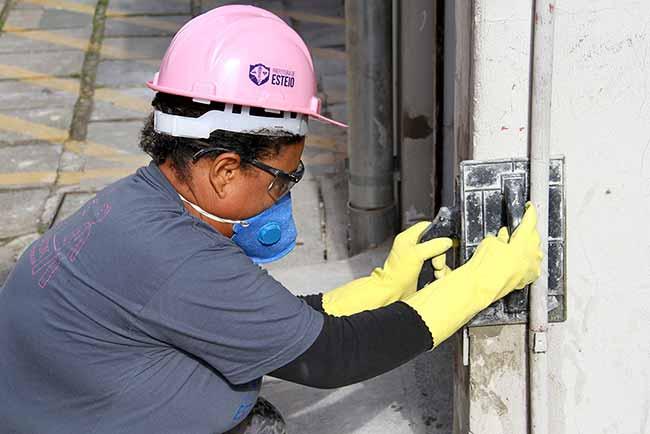 AtividadePraticaCimentoBatom 001 - Oficina de construção civil para mulheres dia 27 em Esteio