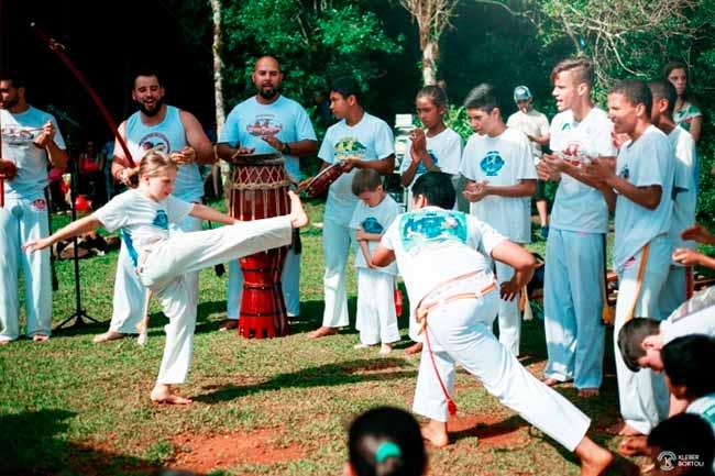 Capoeira bento - 9º Encontro Nacional de Arte Capoeira neste fim de semana em Bento Gonçalves