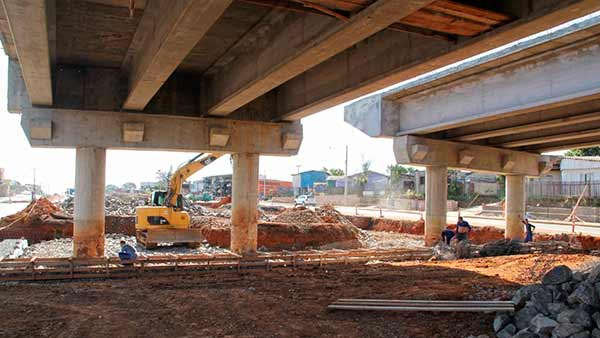 ERS 118 viaduto sobre a Avenida Theodomiro Porto da Fonseca em Sapucaia do Sul - Retomada construção de viaduto na ERS-118, em Sapucaia do Sul