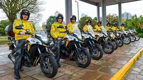 Entrega de motos PMCS 2 - Daniel Guerra entrega novas motocicletas a saúde, segurança e trânsito de Caxias do Sul