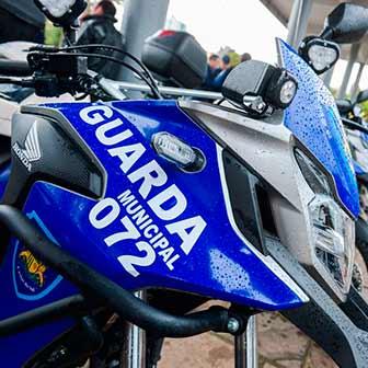 Entrega de motos PMCS 3 - Daniel Guerra entrega novas motocicletas a saúde, segurança e trânsito de Caxias do Sul