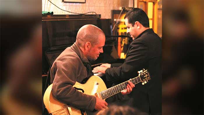 Luiz Mauro Filho e Dinho Oliveira - Tom Jobim Instrumental é atração do Chapéu Acústico