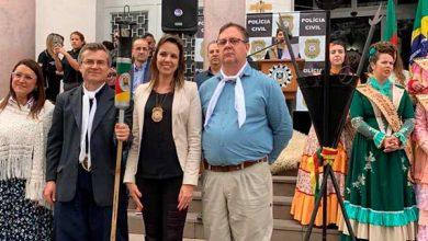 Photo of Centelha da Chama Crioula é recebida em solenidade no Palácio da Polícia