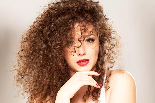 cres88 - Dermatologista dá dicas de cuidados para os cabelos crespos