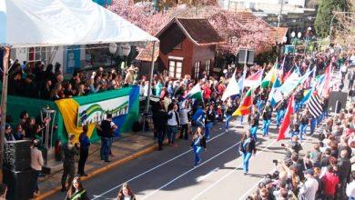 desfile bento 390x220 - Bento Gonçalves realiza desfile cívico neste sábado