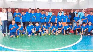meninosdeouro 390x220 - Projeto Meninos de Ouro de Lajeado recebe doação de uniformes
