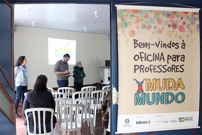 mudamundo - Esteio realiza oficinas de capacitação do projeto MudaMundo