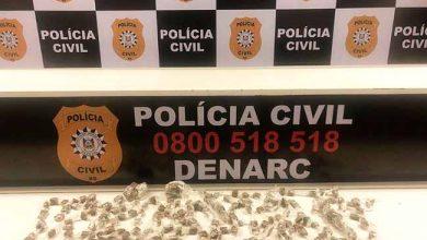 poldrog 390x220 - Polícia apreende drogas no bairro Santa Cecília em Viamão
