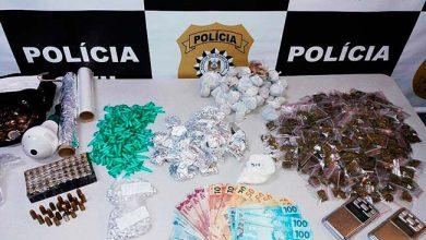 tráfico de drogas em Novo Hamburgo 390x220 - Dois homens são presos por tráfico de drogas em Novo Hamburgo