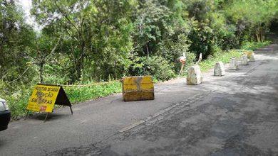 Photo of Deslizamento de terra em via da linha 30, de Caxias do Sul