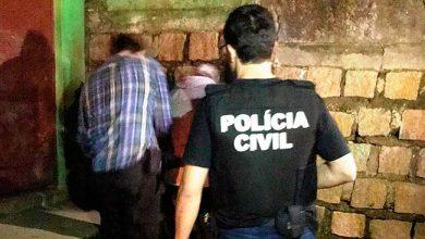Photo of Idoso é preso por tentar matar ex-companheira com espeto em Viamão