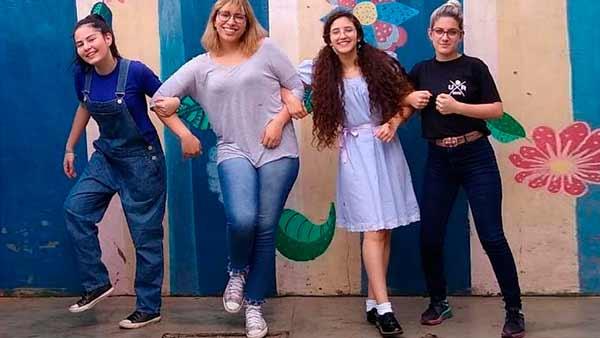 Passo Fundo: alunos fazem releitura corporal de obras de arte - Revista News