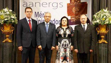 Photo of AANERGS empossa nova diretoria em noite festiva
