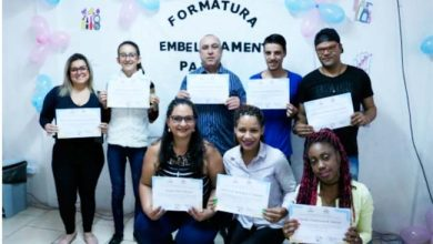 Photo of Nove profissionais da beleza são certificados no CRAS Viamão