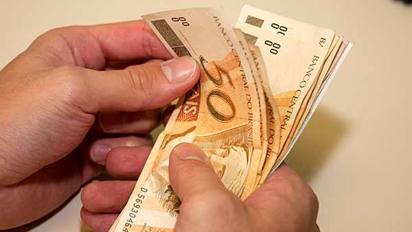 Governo do RS divulga calendário de pagamento da folha de julho — Revista  News