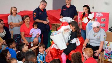Photo of Papai Noel na festa de confraternização do CRAS II em Erechim