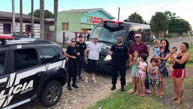 Photo of Polícia Civil entrega presentes para crianças em Osório
