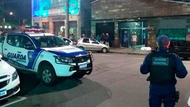 Photo of Ferido: GM prende foragido da justiça na Praça Dante, em Caxias