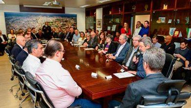 Photo of Prefeito de Caxias nomeia 13 secretários municipais