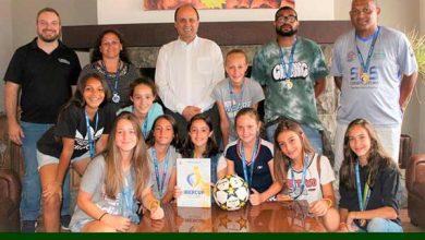 Photo of Prefeito de Gramado recebe atletas do Gramadense que conquistaram o vice-campeonato da Ibercup