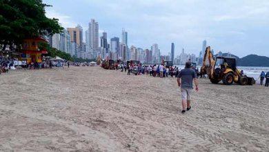 Photo of Balneário Camboriú dá exemplo de cuidado com a limpeza da praia