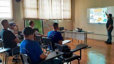 Photo of Servidores de Caxias recebem curso para operar retroescavadeiras