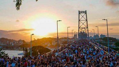 Photo of Ponte Hercílio Luz recebe cerca de 200 mil visitantes durante primeiro dia de reabertura