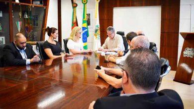 Photo of Lideranças do comércio de Caxias do Sul se reúnem com prefeito