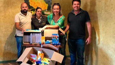 Photo of Moradores de condomínio doam material escolar para os usuários dos CRAS's de Canela