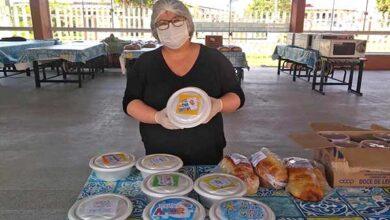 Foto de Escolas entregam marmitas para famílias dos alunos em Imbé